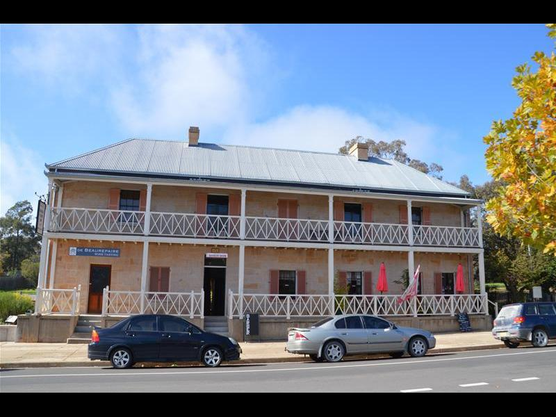 Bridge View Inn